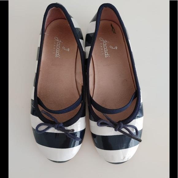 Jacadi Paris Girls Patent Leather Flats